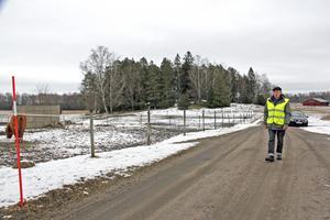 Promenadsträckan går till största delen i lantlig miljö kring Malmberga och Västra Ekeby.