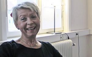 Inger Gidmark  arbetar mycket med  KranioSakral-terapi. Hon kommer från en bakgrund inom barnsjukvården.