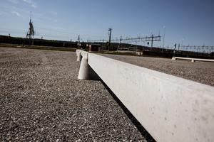 Ännu gapar många platser tomma under dagarna på den nya parkeringen.