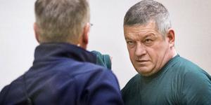 Kent Larsson dömdes i tingsrätten till sexton års fängelse. Svea hovrätt har nu fastställt domen.