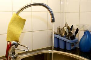 Brukningstxorna för vatten höjs  föreslår Samhällsbyggnadsförbundet Bergslagen, men anslutningsavgiften för VA får var oförändrad nästa år.