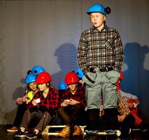 Revyns grundare Erik Karlsson ser fram emot fredagens premiär av Lännviksrevyn.