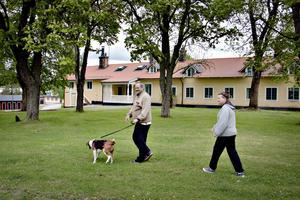 Eje Österberg, 49, arbetssökande, Gästrike-Hammarby, och Agneta Kämpe, 55, personlig assistent, Gästrike Hammarby.