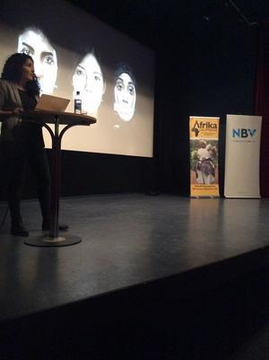Biblioteket, studieförbundet NBV, Internationella Kvinnoföreningen och Ådalens Afrikagrupp arrangerade denna kväll.
