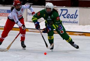 Tatiana Gurinchik hade lekstuga med Söråker. Bild: Larsgöran Svensson.