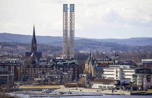 I Almedalen presenterar Niklas Nyberg förslag för nytt bostadhus vid stora Torget i Sundsvall, ritat av arkitekten Gert Wingårdh.