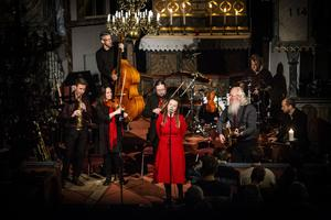 Förra året drog Absolut Jämtland fulla hus, i år är succén tillbaka. Bandet spelar i alla länets kommuner samt i i Stockholm. Bilden är från fjolårets konsert i  Duveds kyrka.