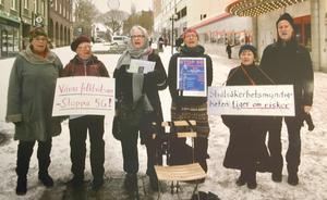 Här samlas en stund hela gruppen som talkör. Från vänster Lilian Falkdalen, Kerstin Gustafsson, Kerstin Åsbo, Britt-Marie Festin, Birgitta Larsson och Lars Brolén.