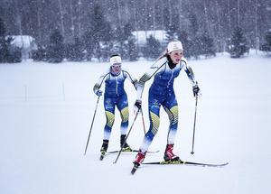 Sina Nilsson och Anna Haag är på uppladdningsläger i Japan inför OS i sina nya tävlingsdräkter.