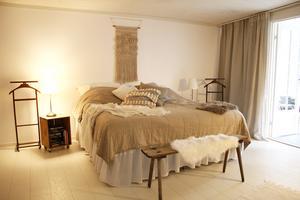 Sovrummet är en tillbyggnad som var en handelsbod i slutet av 1800-talet.
