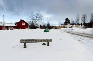 Där jag bor, yttre delen av Sundsvalls kommun, Holms socken, rustas det inte upp något bostadsområde, inte heller säkerställer Sundsvalls kommun att