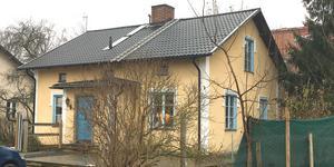 Granadavägen 2 i Köping har sålts för 1 880 000 kronor.