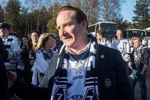Christer Plars laddad inför ett hockeykval mot Mora våren 2017.