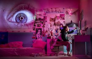 """Arina Katchinskaia spelar den brådmogna 14-åringen Sara som säger saker som: """"Jag är ditt barn jag ska inte behöva ta ansvar för dina känslor"""". Foto: Kicki Nilsson/Icon photography"""