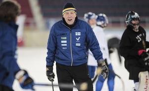 Antti Parviainen på finsk bandyträning i Chabarovsk 2018. FOTO: Rikard Bäckman