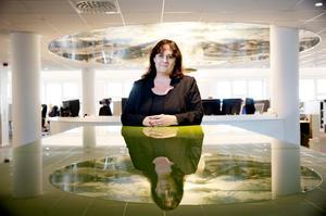 Katrin Säfström. Bilden är från hennes tid som tidningschef på Nerikes Allehanda. Foto: Sofie Isaksson