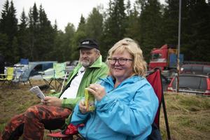 Per- Åke Jonsson och Ulla Ivarsdotter Jonsson från Gene hade några bekanta i startfältet som de hejade på.