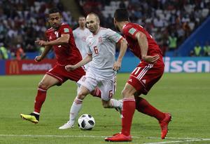 Andres Iniesta spelar just nu VM för sitt Spanien. Här under gruppspelsmatchen mot Iran. FOTO: TT/AP Photo/Manu Fernandez