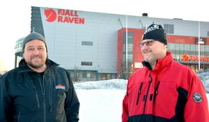 Hans Blomqvist och Stefan Sjöberg vid Indulogg berättar om sitt bostadsprojekt på Framnäsudden i Örnsköldsvik. Planen är att bygga 85 lägenheter baserade på två hus, med möjlighet att bygga ytterligare en fastighet som innefattar handel eller annan verksamhet.