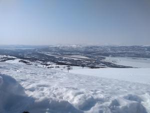 Vy över Hemavan från gondolliftens topp. Foto: Jörgen Hållberg