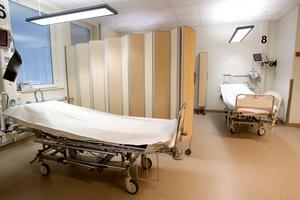 Ett nytt akutsjukhus ska byggas i Västerås, har regionpolitikerna bestämt.