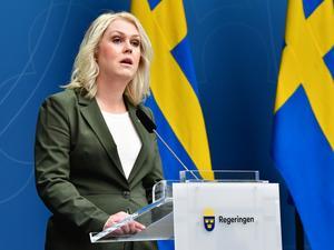 Cocialministern Lena Hallengren håller en presskonferens med anledning av coronaviruset.