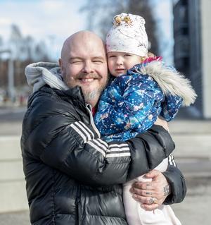 Mats Wennberg, 53 år, boendehandledare, Skönsberg: