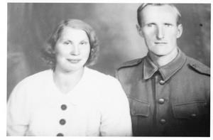 Aune, född Aalto, och Eino Oksanen.