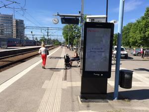 Väntan på tåg i Västerås.