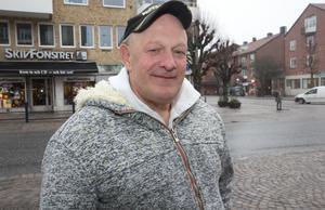 Möjligheten att få en bostad på Nynäshamnsbostäder och chansen till skuldsanering vände Leif Krantz liv.