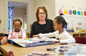 Förskolechef Jeanette Behrens berättar att förskolan kommer att kosta 45 miljoner kronor. Foto: Arkiv