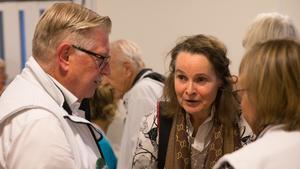 I en paus i valdebatten fick Claudia Bothner chans att prata med bland annat Tage Gripenstam (C).
