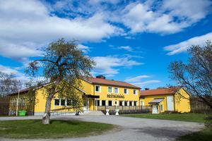 Gula Villan vid Valmet fungerar som röstlokal under valet.