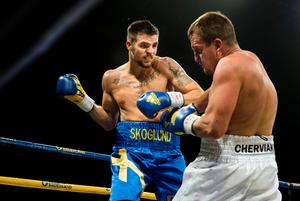 Erik Skoglund under sin titelmatch mot Ukrainas Oleksandr Cherviak i Nyköping 2015. Bild: Pontus Lundahl/TT.