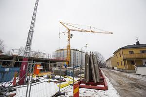 I framtiden kommer det inte bara vara vid Annexgatan som en byggkran arbetar. Både Gamla Byn och externa byggföretag väntas bygga nytt på tomter runt om i Avesta kommun.