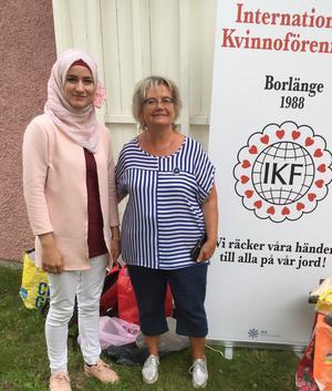 Silva Ibrahim, till vänster, kommer att arbeta för IKF under hösten. Annakari Berglund, till höger, är ordförande.