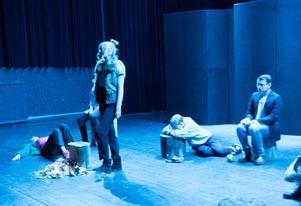 Nio ungdomar deltog när Sundsvalls Kulturskolas fördjupningslinje i teater och drama nyligen satte upp pjäsen