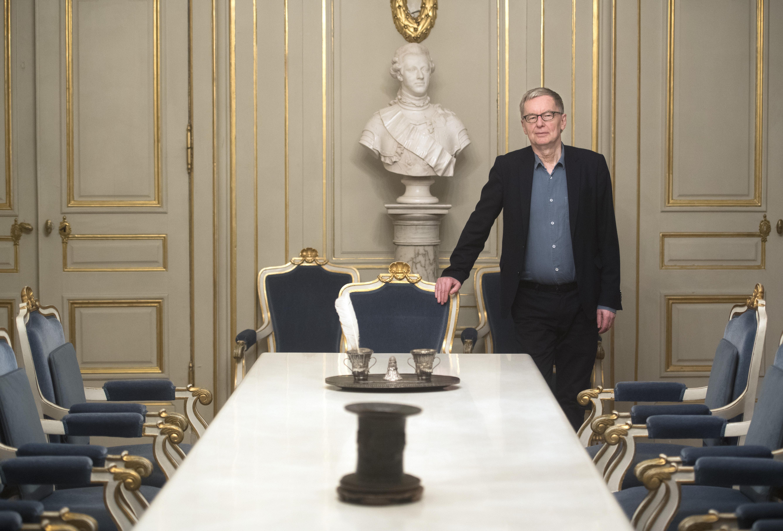 Foto: Fredrik Sandberg/TT. Sedan Jayne Svenungsson begärde utträde ur Svenska Akademien står två stolar tomma.
