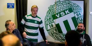 Jesper Florén presenteras av VSK Fotboll.