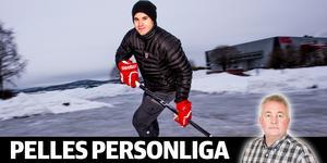 Kyle Cumiskey, skridskokonstnär på Lugnviksparkens is. Bild: Leif Wikberg