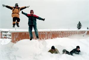 Barnen i Björksätra fick ta del av snön. Dock inte samma mängder som i Gävle.