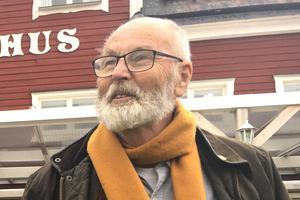 – Vi som bor i skärgården måste lösa det här, vi kan inte vänta på att någon i Stockholm ska göra det, säger Rudolf Lundin.
