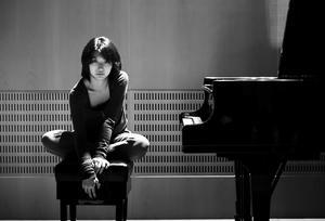 Claire Huangci kommer till Melting Point – ger pianoafton på lördag 19.00.