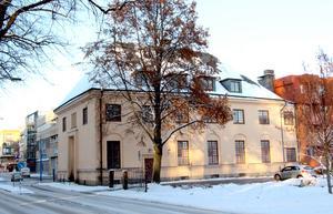 Församlingshemmet Sankt Ansgars hus byggdes 1930 efter en förebild från 1600-talet...