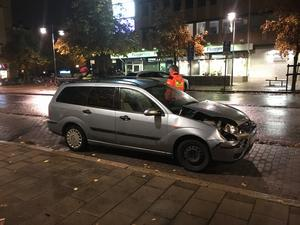 En av bilarna fick bärgas från platsen.