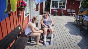 LT har träffat Marianne Eldebrink vid flera tillfällen, bland annat sommaren 2016 då hon berättade hur det var att leva med sin obotliga sjukdom. Dottern Elin var med den gången.