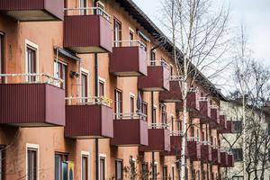 KD motionerar nu att fler ska äga sin bostad, det vill säga bostadsrätter. För vilka, KD? undrar Leif Nyström.