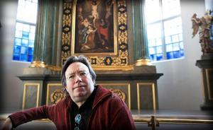 Lars G Fredriksson leder Domkyrkokören under kulturnatten.