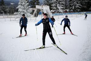Både motionärer och aktiva skidåkare delade på spåren vid premiären under lördagen.