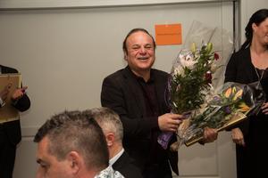 Norbergs Tips och Tobak, som ägs av Ziver Hassan, utsågs till årets innovationsföretag i Norbergs kommun.